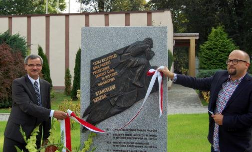 Odsłonięto pomnik poświęcony Stanisławowi Szoździe
