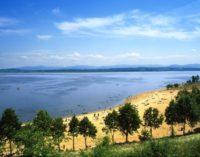 Jezioro Nyskie już przyciąga plażowiczów