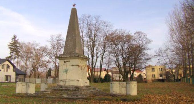 Głubczyce: sowiecki pomnik do wyburzenia