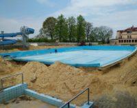 Trwa modernizacja prudnickiego basenu