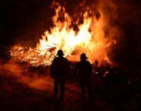 Płonie las w Jarnołtówku