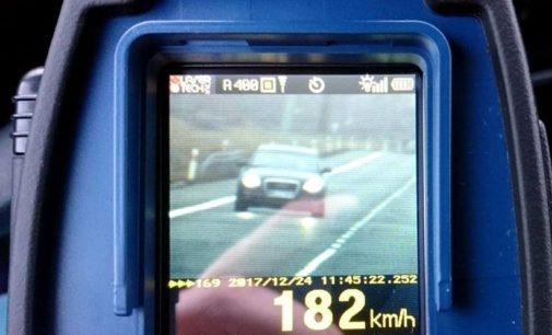 Gnał obwodnicą 180 km/h