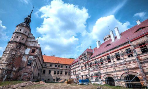 Zamek: potrzebne prace zabezpieczające