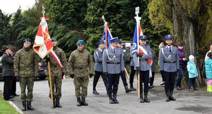 Państwo da środki na Święto Flagi w Moszczance