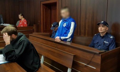 Nożownik z Prudnika oskarżony o usiłowanie zabójstwa