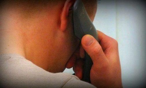 Tajemnicze telefony po kasę