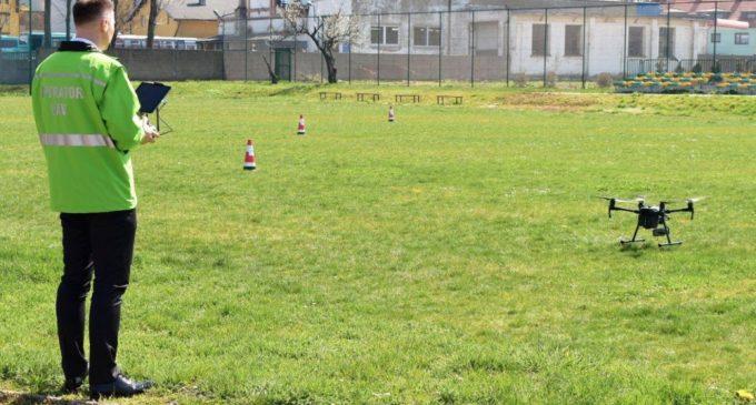 Powiat: chcą uczyć obsługi dronów