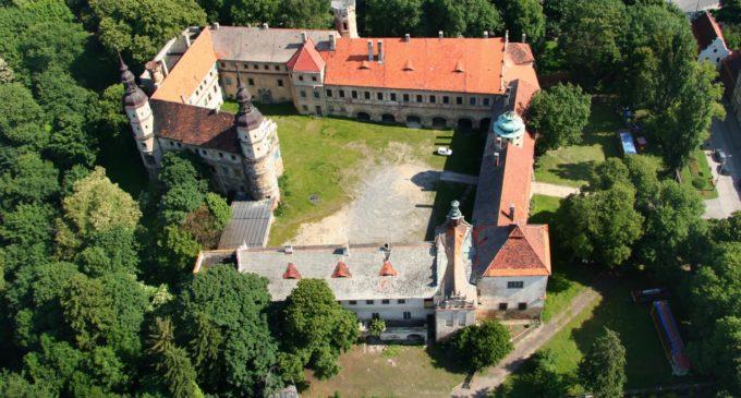 Starają się zdobyć kolejne środki na zamek