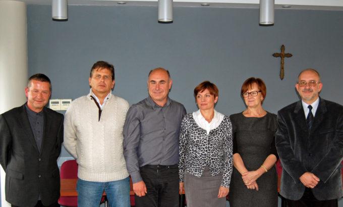Od lewej: dr Paweł Krach, dr Mariusz Lipka, dr Stanisław Skubis, dr Agnieszka Mykityn, dr Bogusława Baran i dr Roman Zalewski.