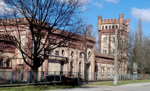 Ponad 300 miejsc pracy w Prudniku. Henniges zmodernizuje połowę dawnego Froteksu