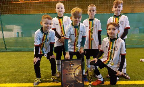Młodzi piłkarze z klubu LUKS RB Głogówek rywalizowali w piłkarskim maratonie w Zabrzu